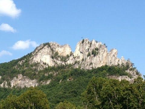 Seneca Rocks Wv >> Hiking Up Seneca Rocks Wv Youtube