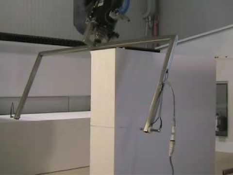 Macchina cnc taglia polistirolo filo caldo mach-