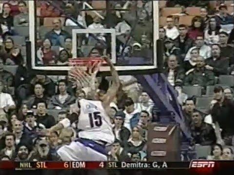 Vince Carter - Windmill & 360 in Same Game (2003-2004 NBA Preseason)
