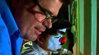 Video Peter Dinklage & Steve Buscemi in 13 Moons (2002) - Clown Fail download MP3, 3GP, MP4, WEBM, AVI, FLV September 2017