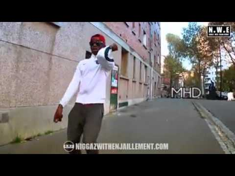Mhd-C'est la champions league (Afro trap 3)