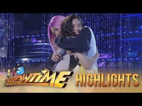 It's Showtime: Vice Ganda and Jackque Gonzaga share a hug