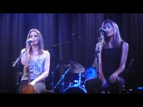 Sharon and Caroline Corr, No Frontiers Live at Amsterdam Melkweg 2011.