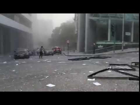 أضرار كبيرة جراء الإنفجار الضخم الذي وقع في مرفأ #بيروت