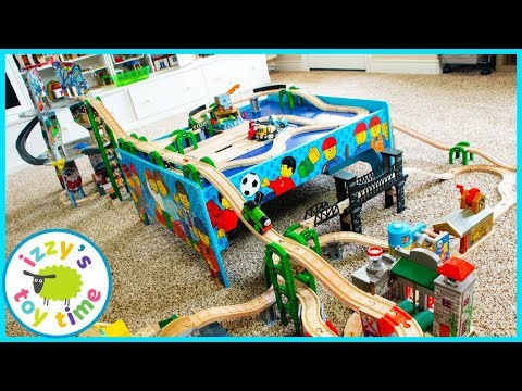 SMALLEST THOMAS AND FRIENDS TABLE TRACK EVER?!