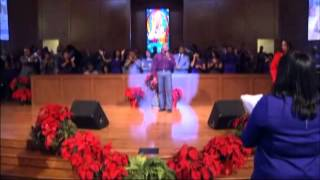 "Paul Heflin and the Praise Team Sing a Medley of ""Alabaster Box/Jesus Paid It All"""