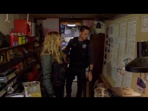 Download Jay uses his military skills to find out the suspect's motives I Chicago P.D 6.07
