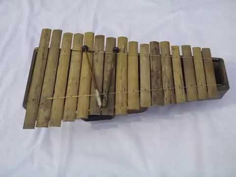 Homemade Musical Instruments Bamboo Xylophone (Banstarang)