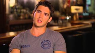 CHICAGO FIRE SEASON 4 PREMIERE - Interview with STEVEN R. MCQUEEN