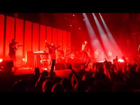 Kraftklub feat. Von Wegen Lisbeth - Schrei nach Liebe Live in Leipzig 03.11.2017
