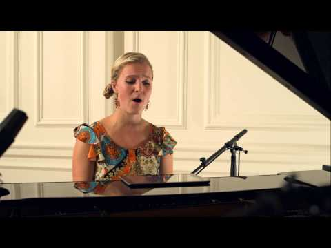 Ellie Solo Singer/Pianist - Rolling in the Deep by Adele