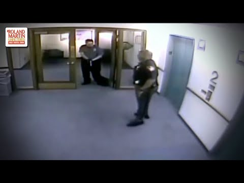 Cosmic Kev - Wow: Security Guard Pulls Gun on Black Police Officer in Full Uniform