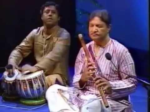 Pandit Hari Prasad Chaurasia plays Raga Miya Malhar.