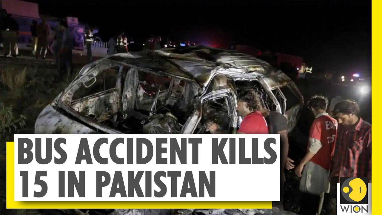 Bus traveling in Southern Pakistan crashed, caught fire | World News | Latest English News