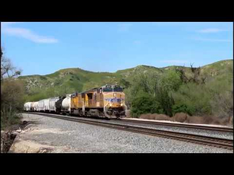 HD- Railfanning Action on the Union Pacific Sunset Route on 3-15-17