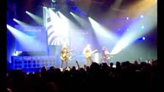 Status Quo - Caroline - Live