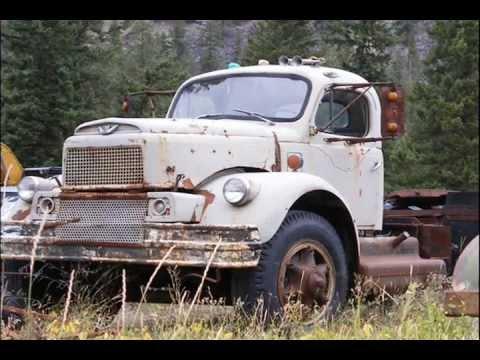 The Road Hammers - Keep On Truckin'