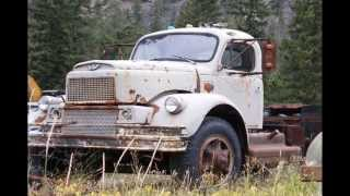 The Road Hammers - Keep On Truckin
