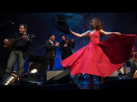 Canzoniere Grecanico Salentino - Dumenica Matina (Live at Celtic Connections 2015)