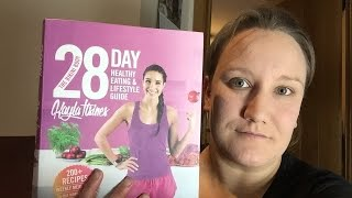 My review on kayla itsines 28 day healthy eating and lifestyle guide. i have just completed the guide so wanted to do a little video about book....