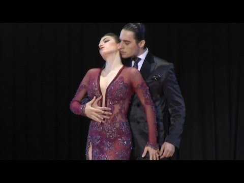 Argentine Couple Wins Stage Final at International Tango Cha