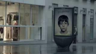 Video: La campaña publicitaria que sólo los niños tienen permiso para ver