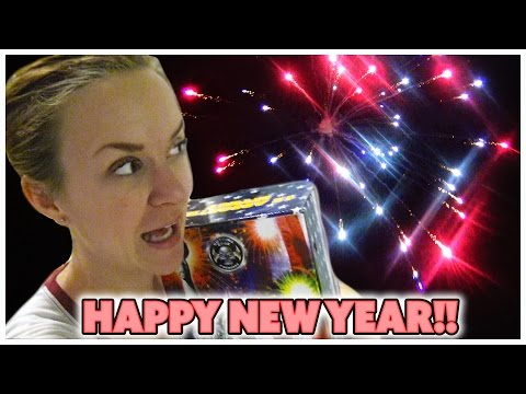 🎉NEW YEAR'S SPECIAL WITH SMELLY BELLY TV🎉AWESOME FIREWORKS!🎉FAMILY VLOG
