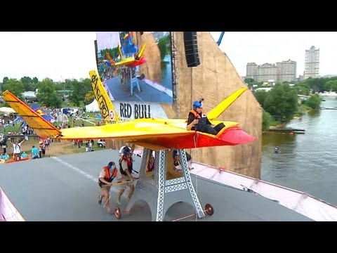 Red Bull Flugtag Festival: Homemade Flying Machines Awe Moscow