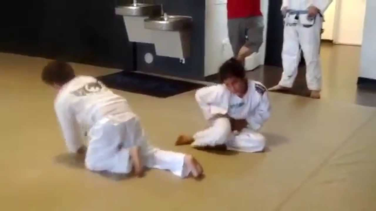 Naked girls jiu jitsu, a man putting his hand in a girls pussy