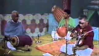 Kunnakkudi Vaidyanathan Violin -Unnai Naan Santhithen -Film Song - Coutesy Pothigai TV