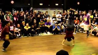 Bgirls Ayumi & Narumi vs Bboys Morris & Gravity @ Raw Circles 2011
