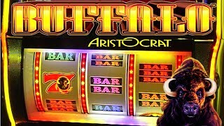 Buffalo Thundering 7s Slot Machine