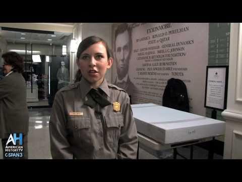 American Artifacts Clip: President Lincoln's Overcoat - Yana Jaffe, Park Ranger