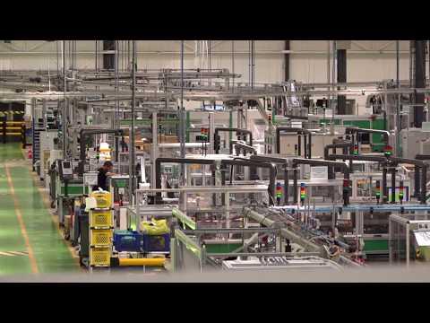 Le site de Schneider Electric à Vaudreuil, vitrine de l'industrie du futur