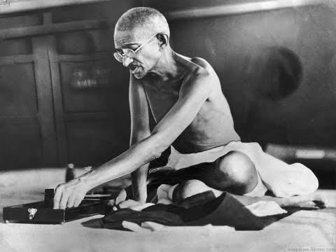13 Racist Quotes Gandhi Said About Black People