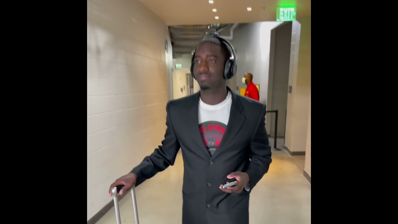 How NBA players Be when it's game day!