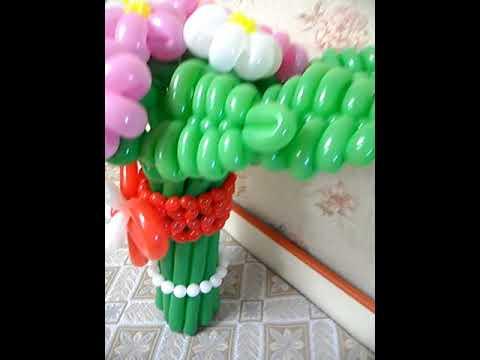 Букет из шаров одиннадцать ромашек