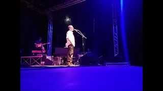 Chiamami ancora amore Roberto Vecchioni live stand in ovation