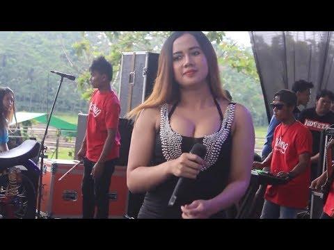 Ditinggal Rabi Uut Selly Goyang Hots