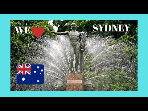 SYDNEY, beautiful HYDE PARK right in the center of the city (AUSTRALIA)