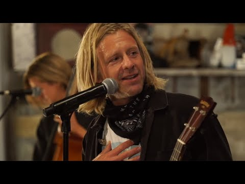 "Switchfoot -""This is Home"" - THE CHRONICLES OF NARNIA"