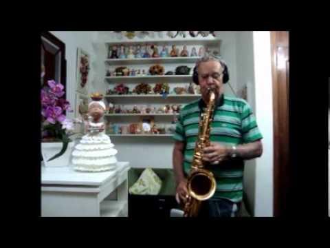 Alvaro Walter - DESVAIRADA - Música de Anibal Augusto Sardinha.wmv