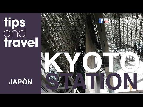 Llegado a la estación de trenes de Kyoto, Japón + Caminando al hotel**