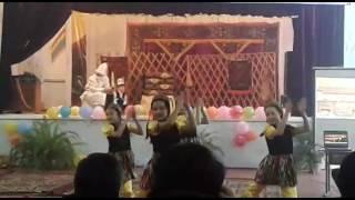 """Узбекский танец. Группа """"Жаш Селки""""."""