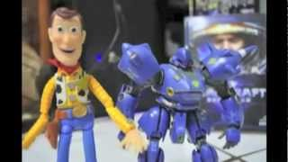 Toy Story VS Iron-Man (Stop-Motion) (Redub)