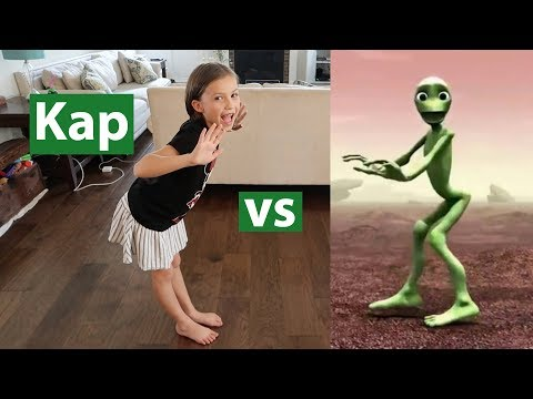 Dame Tu Cosita - Green Alien Dance Challenge