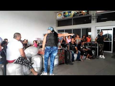 Maltrato a cubanos en Guyana por la aerolínea easy sky
