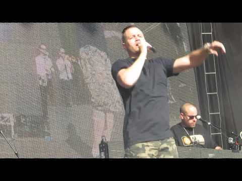 Chase that Feeling Hilltop Hoods Adelaide Future Music Festival 2015