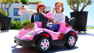 Бьянка и машинка — Играем в автомойку! Привет, Бьянка с Машей Капуки