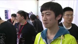 خبراء صينيون يحذرون من سلبيات الجوالات على المجتمع